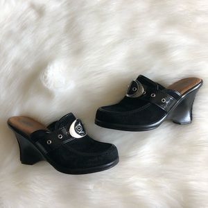 Dr. Scholl's black slip on clogs/wedges
